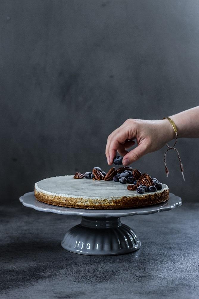 Vanilkový cheesecake s javorovým sirupem a pekany