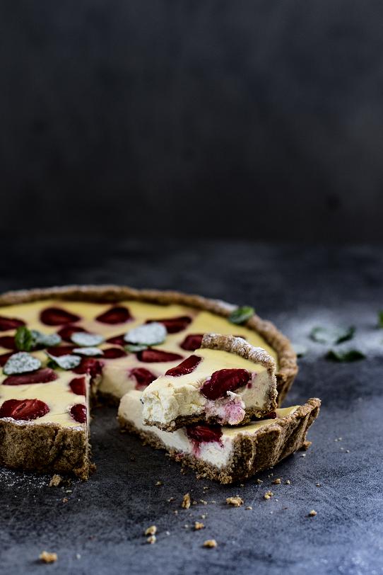 Jahodový celozrnný koláč s ricottou a mascarpone