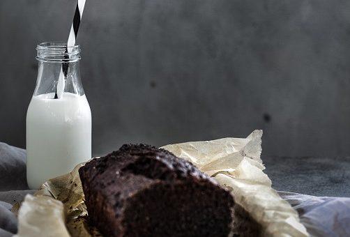 Mléko: co přinesete domů, když koupíte trvanlivé, čerstvé nebo bio?