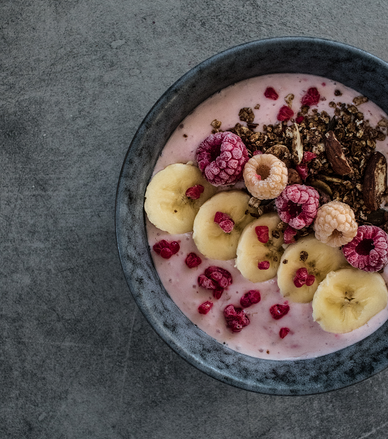 Malinová smoothie bowl