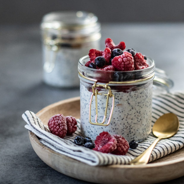 Ovesná kaše za studena s mákem a vanilkou