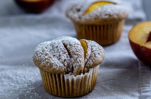 Rychlé muffiny s broskvemi
